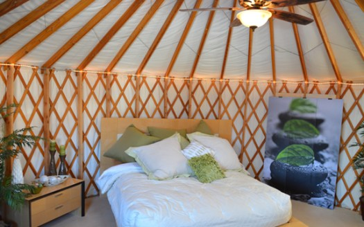 Summit-Mountain-Lodge-and-Resort-Zen-Yurt