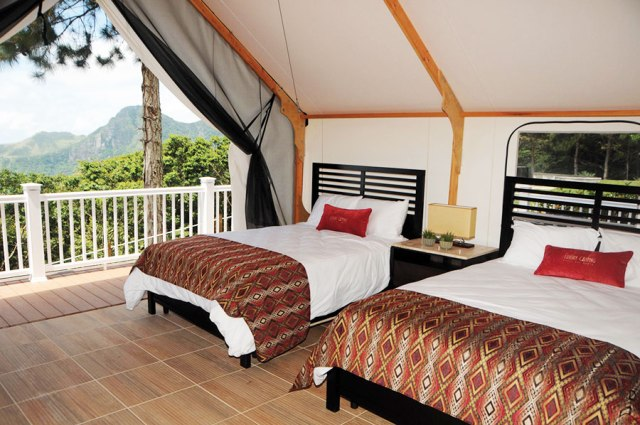 3. beds-luxury-camping-panama-deluxe