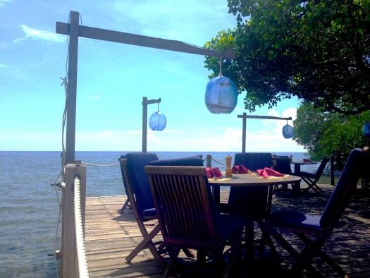 pantai beach restaurant