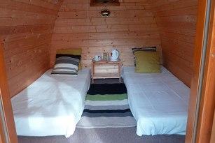 Intérieur du pod au glamping Camping Belle Roche à Lalley en Rhônes-Alpes