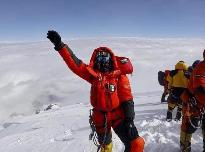 Viridiana Álvarez logra llegar a la Cima del Dhaulagiri: 8,167 ms.n.m