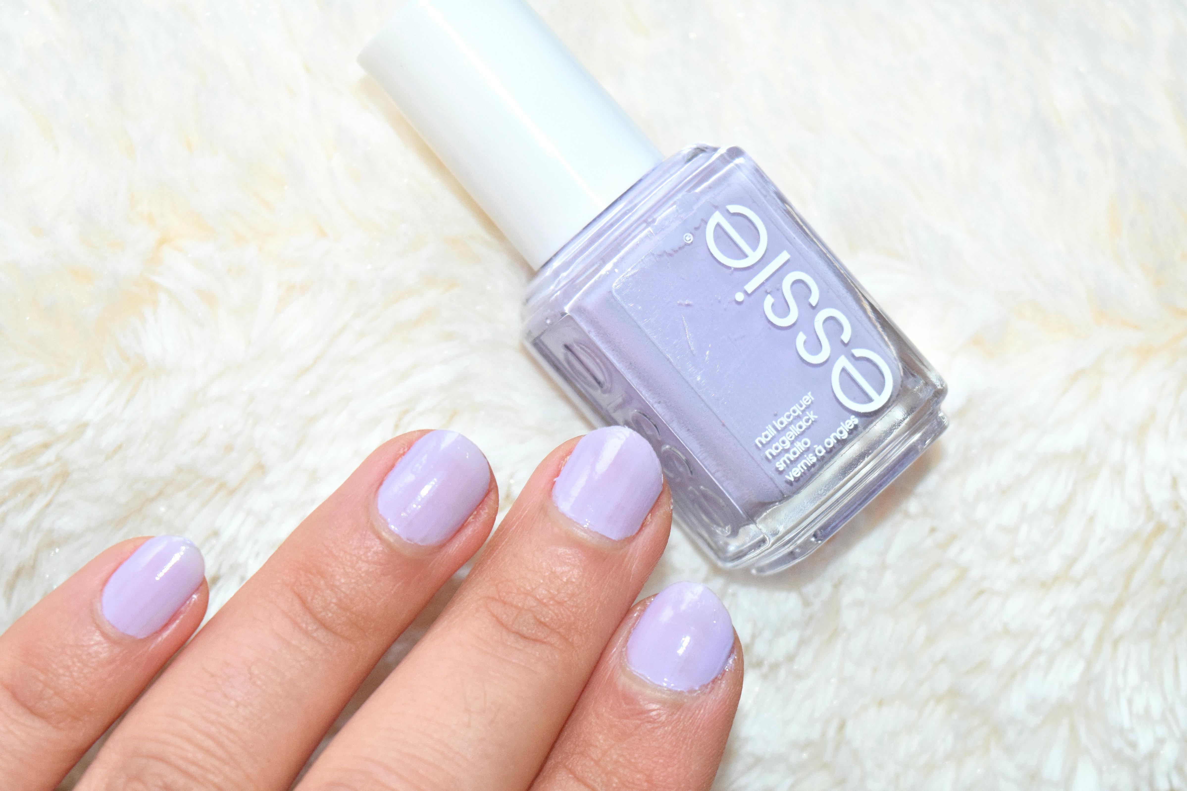 Essie Lilacism Nagellack Swatches – Glamzeit