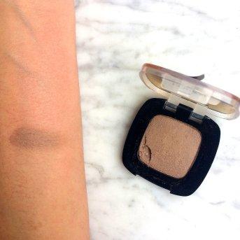 loreal-color-riche-matte-106-breaking-nude-lidschatten-swatch