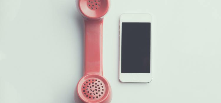 4 belangrijke gespreksvaardigheden bij het voeren van telefonische gesprekken