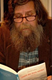 """Arnold Leifert: """"Literatur – mit ihrem Sitz genau zwischen Denken und Fühlen – geschieht als vielleicht höchste Form der sprachlichen Kommunikation"""""""