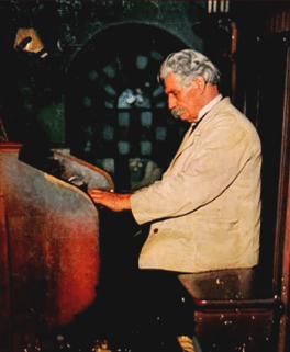 Albert Schweitzer beim Bach-Spiel an der Orgel - Original Columbia Masterworks 1952 - Glarean Magazin