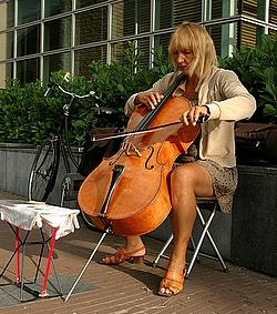 cello-spielerin