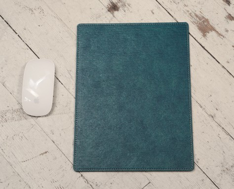 Hand-grained-natural-Mouse-Pad-with-hand-colored-turquoise-texon-on-back;-8-x-11'-back