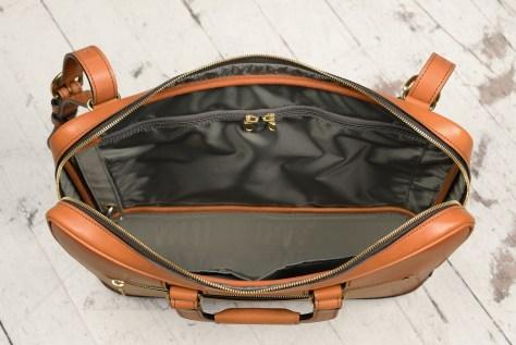 Hand-burnished-chestnut-saddle-leather-Platform-Portfolio-with-shoulder-strap;-16-x-11-x-4'-topdown2