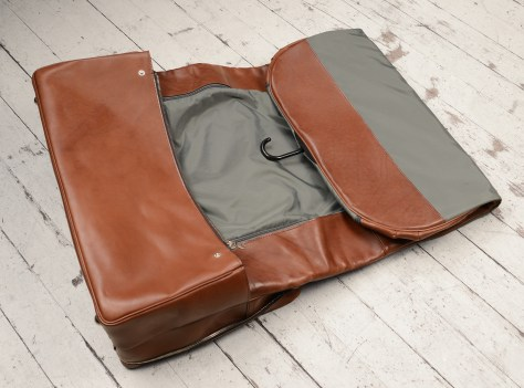 Hand-burnished,-espresso-Short-Hop-Garment-Bag;-22-x-14-x-8'-topdown2