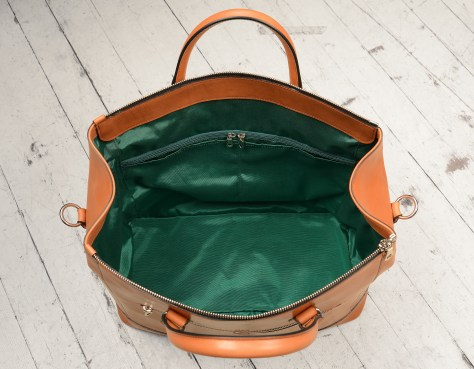 Hand-burnished,-chestnut-Club-Bag-with-water-cress-green-grosgrain-lining-and-cross-body-strap;-17-x-12-x-8'-topdown2
