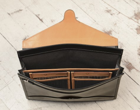 Hand-burnished-black-Letter-Size-Flapover-Folderholder-with-warm-gray-lining-and-natural-leather-trim-topdown1