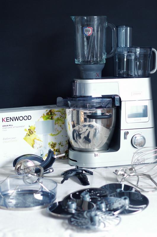 Kenwood Cooking Chef XL mit allem Zubehör.