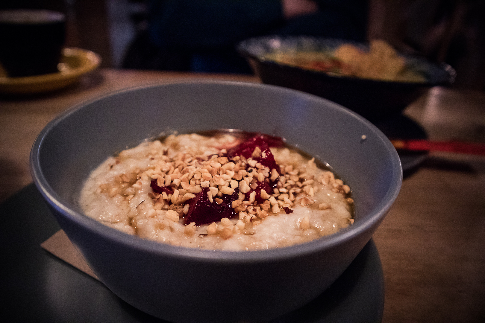Vegan porridge at Hen of the Woods Glasgow at the Glad Cafe