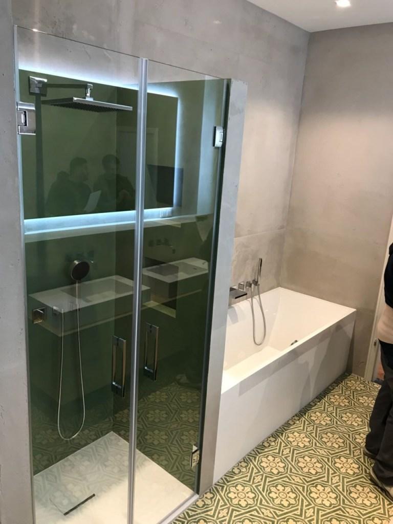 Glastüren für Dusche