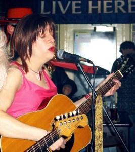 Hornsey Tavern Diana with Guitar