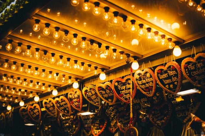 2014-online_0860_hearts-in-lights_001
