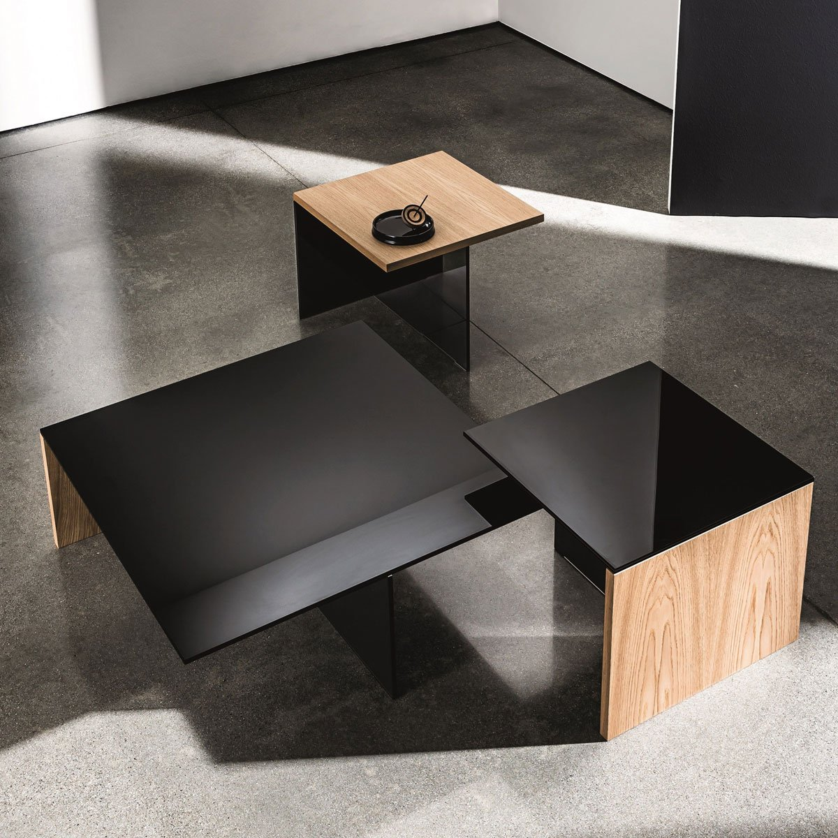 Jerome S Square Coffee Table: Regolo Square Glass And Wood Coffee Table