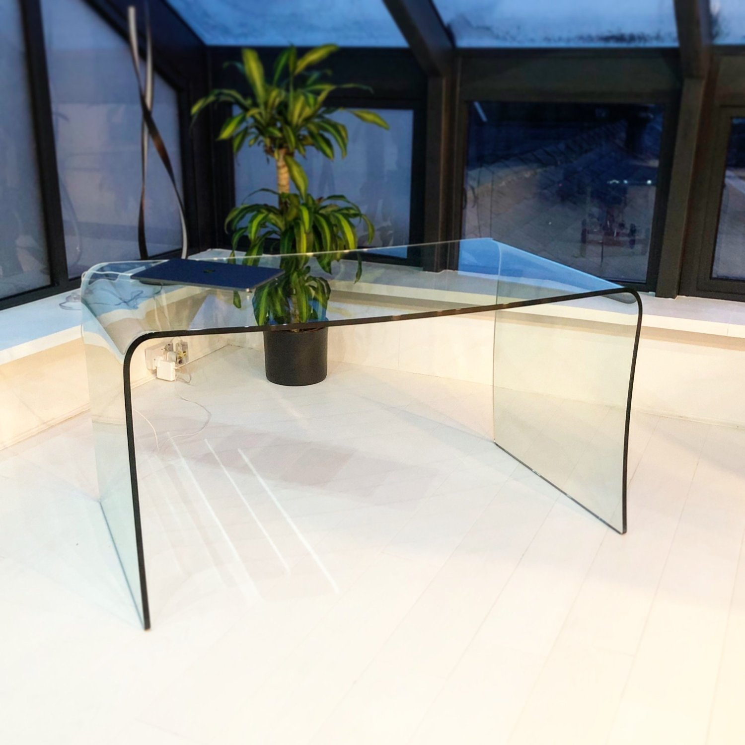 Curved glass desk