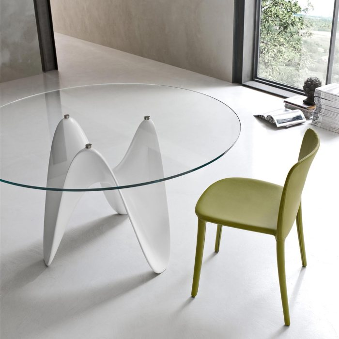Gaya Contemporary glass Dining Table