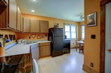 Multi-workspace kitchen