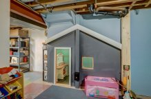 Built-in Playhouse