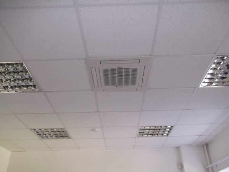 Кассетные кондиционеры монтировались в различные типы потолков