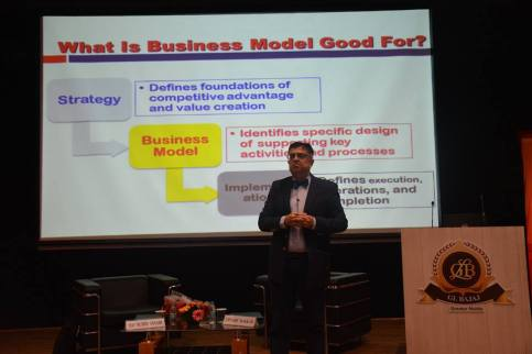 global-talk-series-by-dr-djamchid-assadi-12