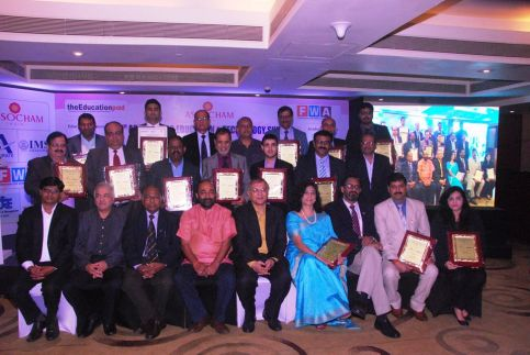 best-institute-in-asia-with-strong-corporate-connect-by-assocham-4