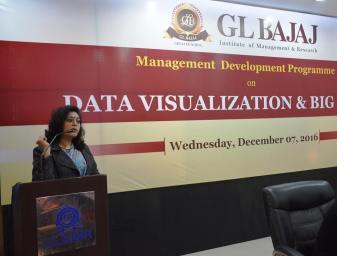 management-devemdp-on-data-visualization-big-data-49