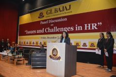 panel-discussion-on-issues-and-challenges-in-hr-15