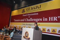 panel-discussion-on-issues-and-challenges-in-hr-30