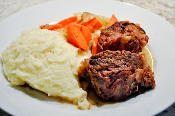 Beef Pot Roast with Mashed Potatoes