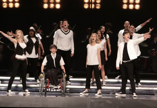 The Gleeks rally behind Quinn with a tear-jerking Avril number.