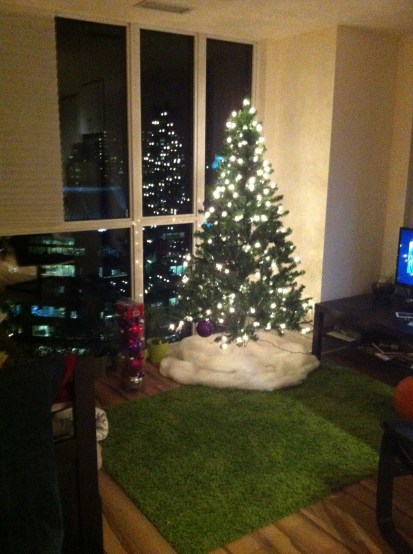 Our Number 48 christmas tree from Canadian Tire. After assembly.