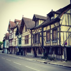 Troyes.