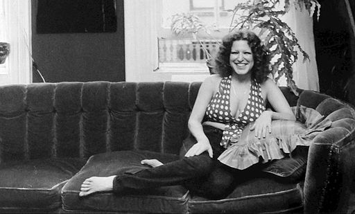 Bette_Midler_1973