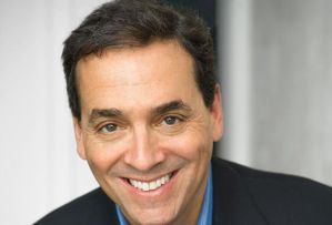 Daniel H Pink- Endorser of Build it - The Rebel Playbook for Employee Engagement