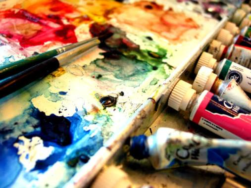 stills-of-an-artist-s-world-6-1546356-640x480