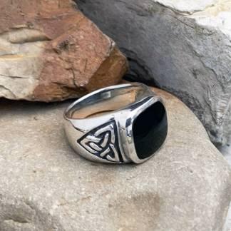 Black Onyx Celtic-Trinity Ring