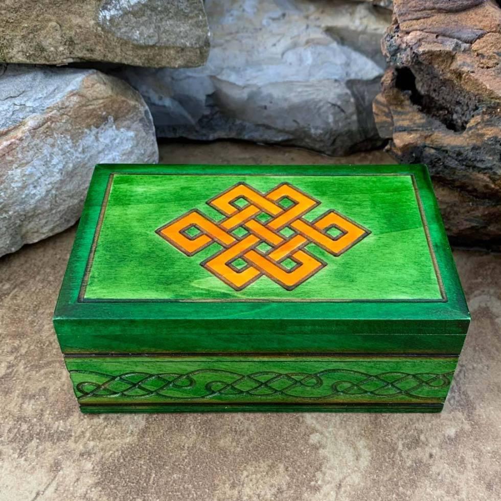 Celtic Endless Knot Box