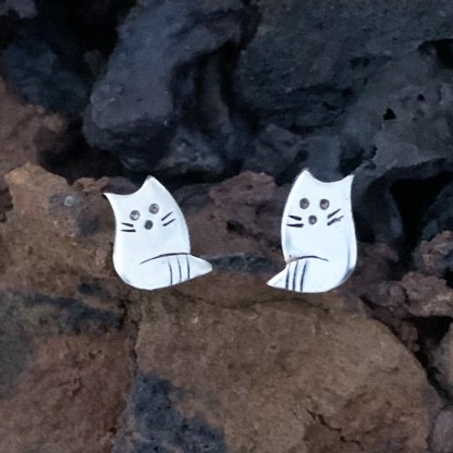 Sterling Kitty Cat Studs