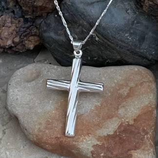 Stunning Silver Cross Pendant