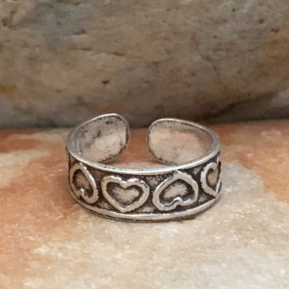 Upside-Down Hearts Toe Ring
