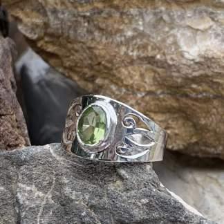 Sterling Peridot Filigree Ring