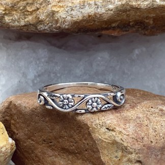 Dainty Double Flower Ring