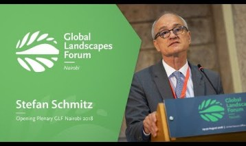 Stefan Schmitz  at the Opening Plenary, GLF Nairobi 2018