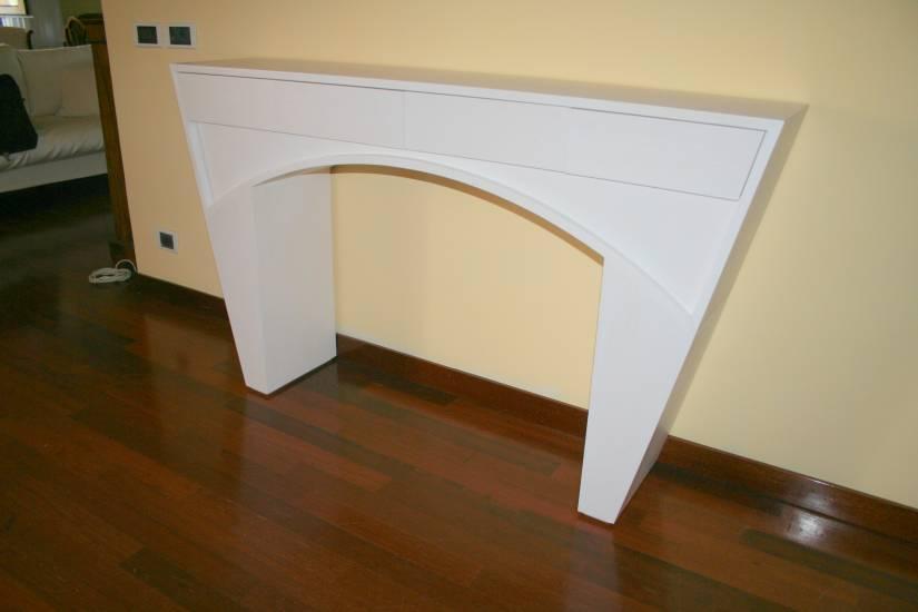 Consolleingressolaccatain legnoartigianale design