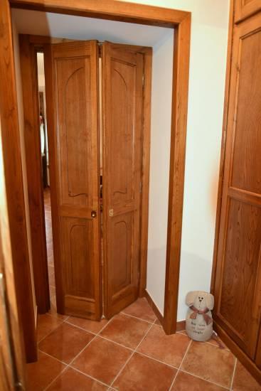 Porta a soffietto in legno su misura fabbrica di Portoni