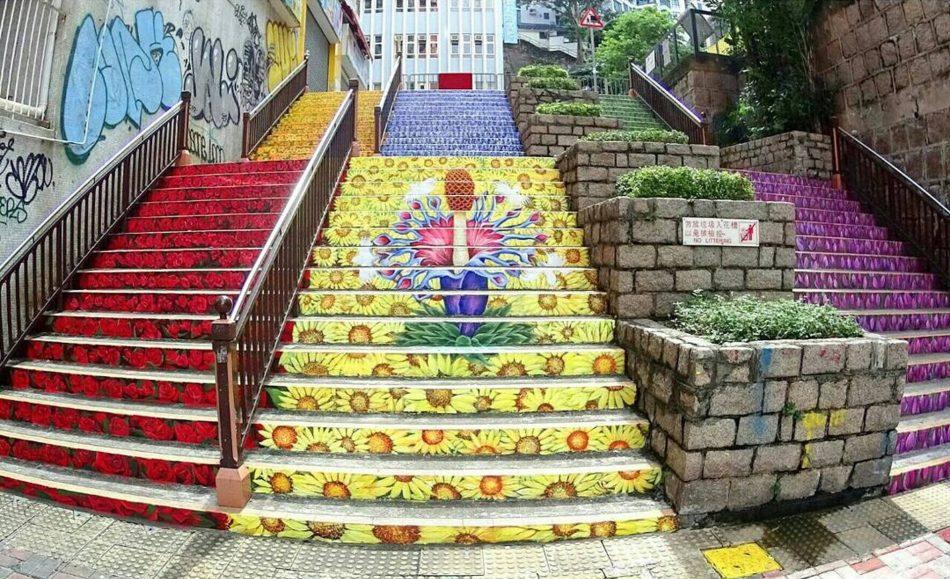 【香港好去處】17個香港壁畫打卡點─香港壁畫村、壁畫街、街頭藝術──香港街頭藝術──油麻地花樓梯
